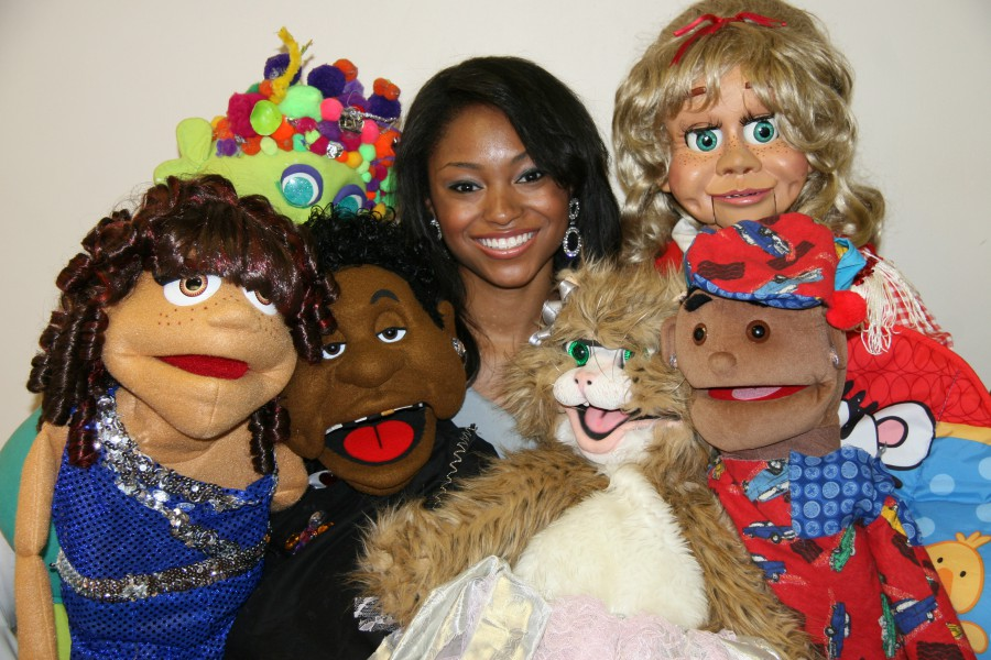 Megan with puppets